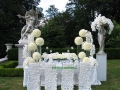 modern-wedding-flower-design-by-tantawan-bloom